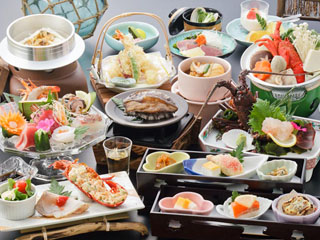 勝浦ホテル三日月 あわび・伊勢エビが付いた和食会席