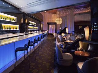 ANAインターコンチネンタルホテル東京 シャンパン専門のバー。グラスで25種類を楽しめる
