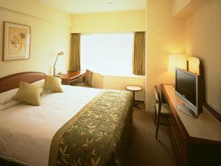 グランドプリンスホテル高輪 タワービューダブル。出張など、おひとりさまでご利用の際にもおすすめ
