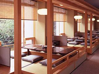ザ・プリンス さくらタワー東京 高輪七軒茶屋。おいしい料理はもちろん、職人との会話も楽しめる