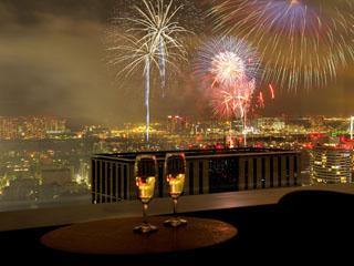 パークホテル東京 夏はお部屋から東京湾大華火祭が見える