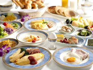 ホテルイースト21東京(オークラホテルズ&リゾーツ) 朝食ブッフェでは和洋食のメニューを豊富にご用意