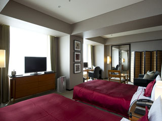 ロイヤルパークホテル ザ 汐留 ゆったりとしたソファースペースやバススペースが特徴