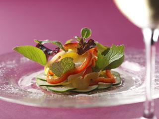 小田急ホテルセンチュリーサザンタワー 旬の食材を生かした個性豊かな3つのレストランと、ラウンジ&バーがございます