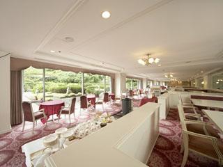 東京プリンスホテル 和・洋・中のブッフェをお楽しみいただける「ブッフェレストラン ポルト」
