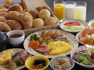 東京ベイ有明ワシントンホテル 1階レストラン ジョージタウン 朝食バイキング