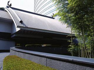 ホテル雅叙園東京(旧:目黒雅叙園) 目黒雅叙園の客室は、ゆったりとお過ごしいただけるよう、すべて80平米以上のスイートルームです。