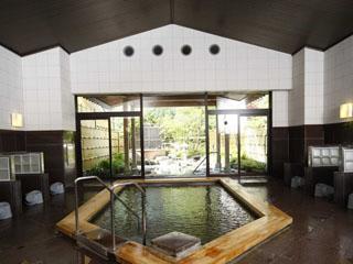 小田急 ホテルはつはな 敷地内より湧く温泉は、肌がスベスベになると評判です
