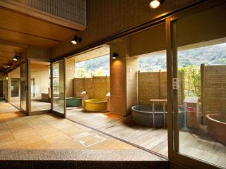 ホテル河鹿荘 最上階6階の展望露天風呂「ほしみ四湯」