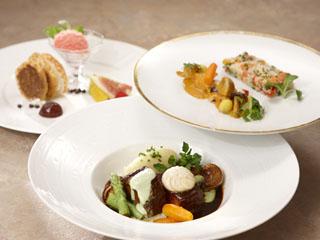 小田急 山のホテル フランスの名店で修業を重ねたフランス料理を「フレンチディナーイメージ」