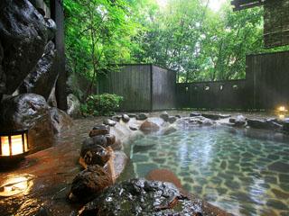 鶴井の宿紫雲荘 貸切露天風呂「観山の湯」