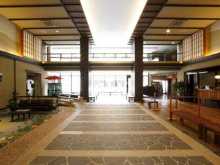 箱根強羅温泉季の湯雪月花 四季折々の風雅な趣や、和の遊び心が散りばめられた館内(ロビー)
