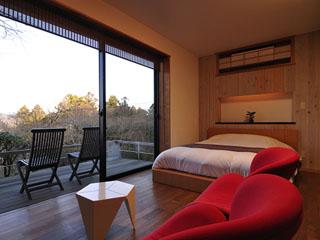 和の宿華ごころ 和洋室一例 6畳+ツインもしくはダブルベッドのお部屋