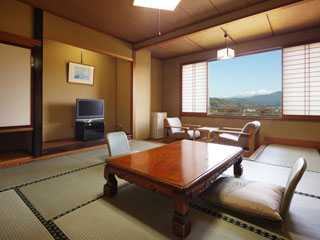 金太郎温泉 くつろぎを重視した、和の佇まい。標準客室一例