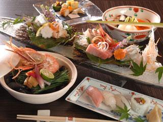 瑠璃光 日本海や加賀の山里の旬を満喫できる料理に舌鼓