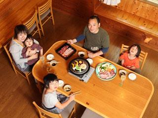 ネオオリエンタルリゾート八ヶ岳高原 食材ケータリングサービスを使って、家族だけの時間を。周りも気になりません