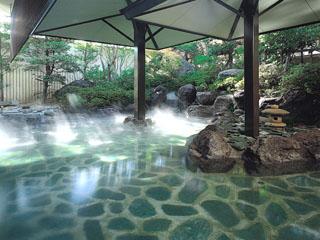 ホテルふじ 緑豊かな美しい庭園に囲まれた露天風呂「寿々」