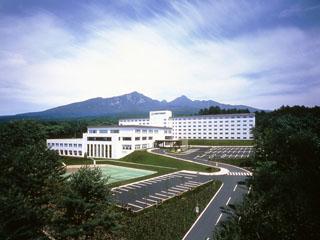 大泉高原八ヶ岳ロイヤルホテル 温泉と天体ドームが自慢の本格リゾート