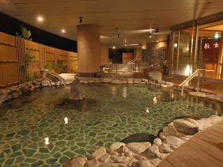 ホテルアソシア高山リゾート 大浴場 岩風呂