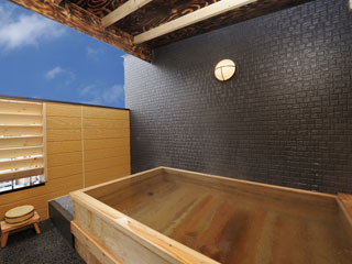 熱海ニューフジヤホテル 本館最上階の貸切露天風呂も無料!ゆったりとしたひとときをお過ごしください