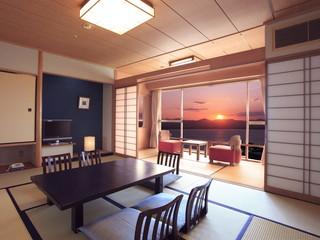 ホテルウェルシーズン浜名湖 雄大に広がる浜名湖を一望できる、清潔感あふれる和室