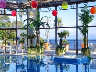 ホテルカターラRESORT&SPA 雨でも楽しめる室内プール