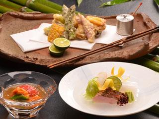 伊豆高原 全室露天風呂付き 離れ2階家 お宿うち山 食事イメージ