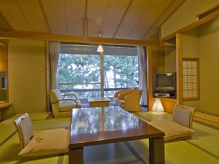 季一遊 12.5畳の和室は全室海側となります