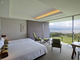 日本平ホテル 6mのパノラマウィンドウをもつ日本平ツイン