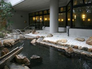 浜名湖ロイヤルホテル 地下500mから湧出、日本でここだけの「雄踏温泉」で旅の疲れを癒す