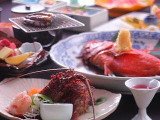 片瀬館ひいな 海の幸山の幸両方味わえるおしゃれな創作料理