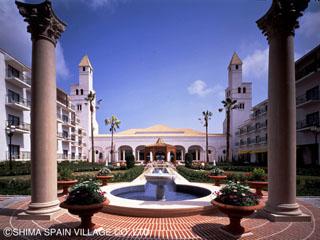 ホテル志摩スペイン村 南スペイン・アンダルシアの面影漂う中庭