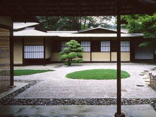 ウェスティン都ホテル京都 京都市文化財に登録された庭園を臨む数寄屋風和風別館
