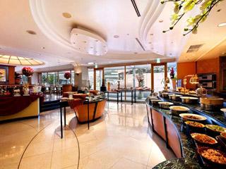ヒルトン大阪 朝食ブッフェから本格ディナーまで様々なお集まりに対応いたします