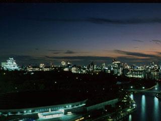 ホテルニューオータニ大阪 レストランや客室などからは緑に囲まれた大阪城が見える