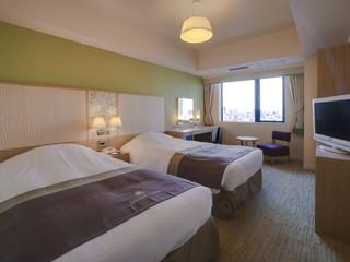 ホテルモントレグラスミア大阪 ツインルーム:明るくやわらかなイメージのお部屋です