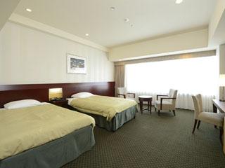 ホテル京阪ユニバーサル・タワー 37平方メートルのスーペリアツインルーム。最大4名様までご利用可能です