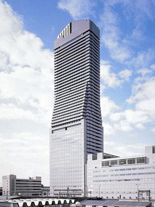 ホテル大阪ベイタワー 大阪の副都心ORC(オーク)200のランドマークとして地上200m51階の眺望を生かした解放感とくつろぎをお届けします。