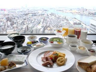 ホテル大阪ベイタワー ご朝食はバイキングと和定食の2種類よりお選び下さい