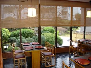 大阪ガーデンパレス 旬の味覚を落ち着いた雰囲気のなかで楽しめる和食堂