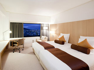 ANAクラウンプラザホテル神戸 東は大阪湾、西は淡路島が見渡せる、全593室の客室