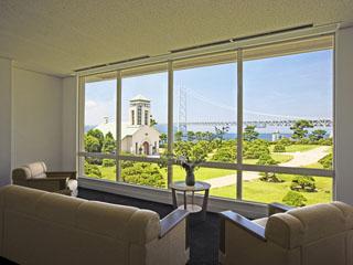シーサイドホテル舞子ビラ神戸 有栖川宮家別邸の面影を残す姫小松が美しい日本庭園