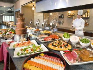 ホテルグリーンプラザ東条湖 夕食は和洋中バイキング