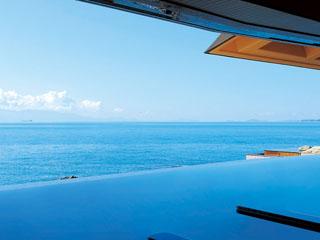 赤穂温泉 銀波荘 空と海と湯船が一体化した絶景風呂、天海の湯
