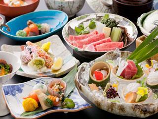 有馬温泉 月光園鴻朧館 日本料理の伝統を受け継いだ料理人達による、旬を詰め込んだ月替わりの会席料理