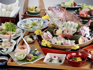 南淡路ロイヤルホテル グルメも地元素材を生かした、和食・洋食・中華の3種類をご用意しております