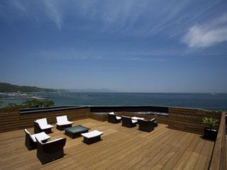 夢海游淡路島 屋上ステラテラスは大阪湾を一望できる絶景ポイントです