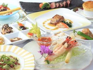 白浜古賀の井リゾート&スパ 気軽にお箸で食べられる創作フレンチ会席