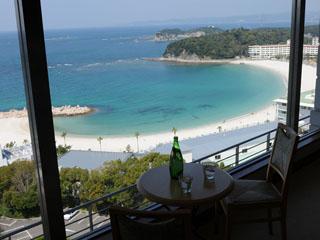 リゾートホテル ラフォーレ南紀白浜 ホテル最上階からの眺めは格別