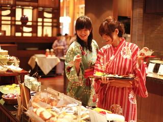 佳翠苑皆美 朝食は和洋50種類以上から選べるご馳走ビュッフェ
